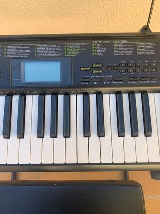 Se vende teclado Casio CTK-1100