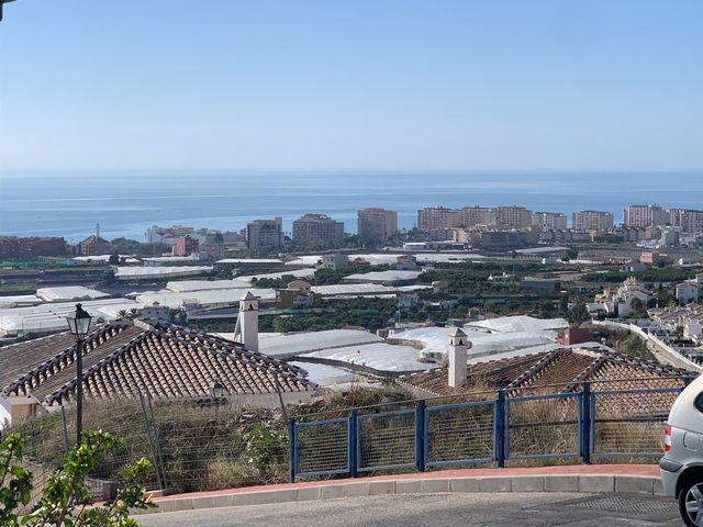 APARTAMENTO EN TORROX PARK (El Peñoncillo, Málaga)