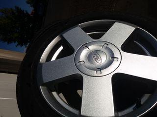 llantas Ford
