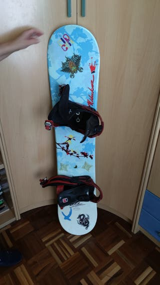 Tabla de Snowboard, botas y casco