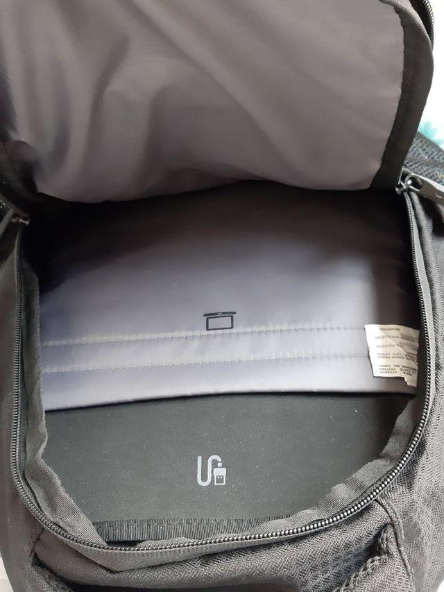 mochila totto (nueva) y conexión a batería en ella