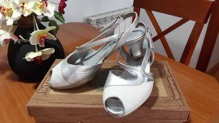 Sandalias de piel T.36