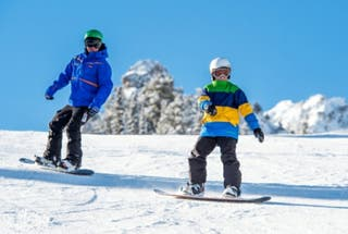 Clases de Snowboard y Esquí.