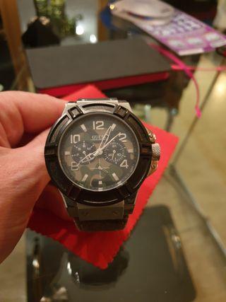 Reloj Guess militar