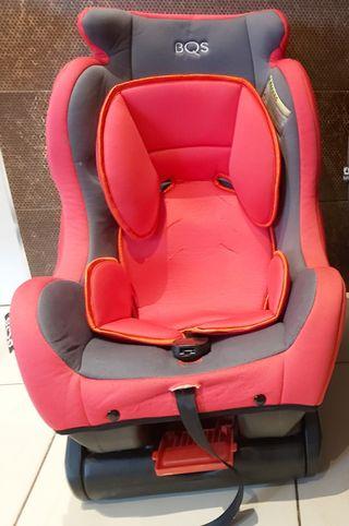 silla de coche bebés y niños