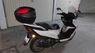 Daelim Steezer QL125