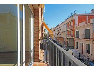 Casa en venta en El Camp de l'Arpa del Clot en Barcelona