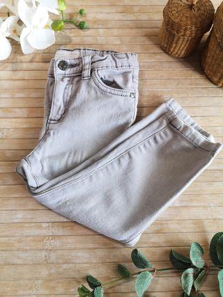 pantalon talla 18/24 meses