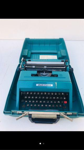 Lote 6 máquinas de escribir.