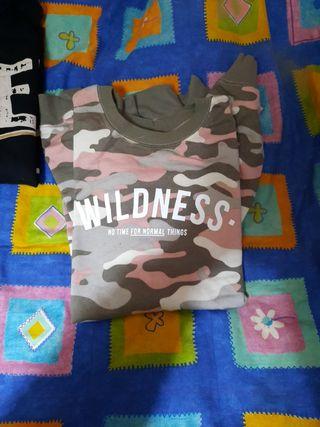 sudadera como militar
