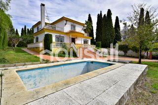 Chalet en venta de 282 m² en Calle Monzones, 18220
