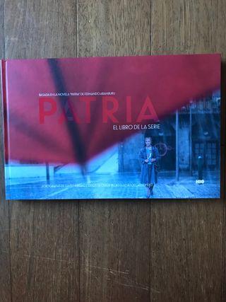 Libro sobre la serie Patria