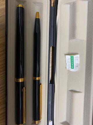 Bolígrafo y pluma