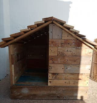 CASITA de madera perritos