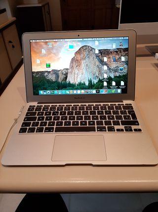 Macbook air 11. Bateria nueva