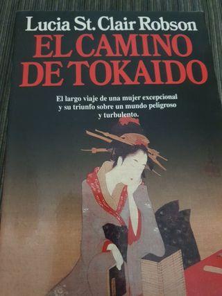 """""""El camino de Tokaido"""" de Lucia St. Clair Robson"""