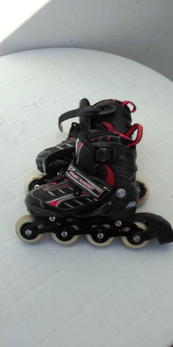 patines street Runner negros y rojos