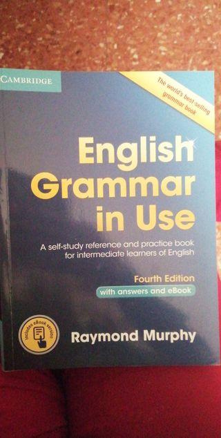 Libro de gramática de inglés.