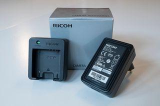 Cámara de fotos Ricoh GR III