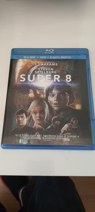 SUPER 8 BLU RAY MAS DVD