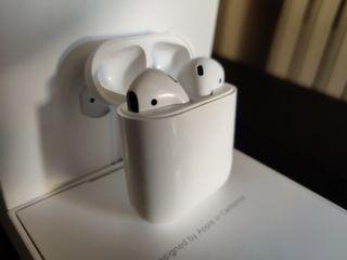 Apple AirPods 1a Gen REESTRENO