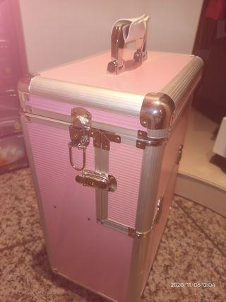 maletin peluqueria con ruedas color rosa
