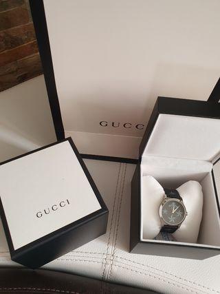 Reloj Gucci holograma