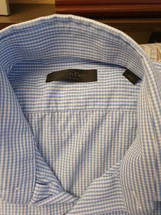 Camisa Calvin Klein, talla 40.hombre