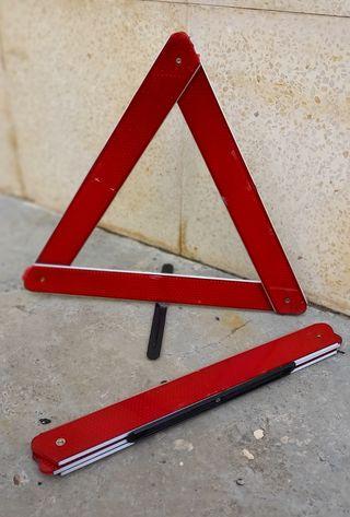 Triángulos emergencia, juego