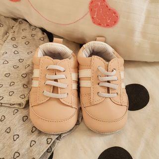 Zapatillas deportivas talla 19/20 bebé
