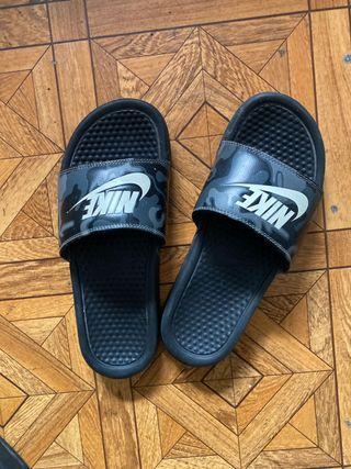 Chancla Nike