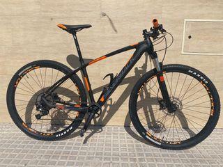 Bicicleta Silverback Storm 29 Carbono