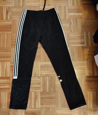Pantalón Adidas Challenger sin puño