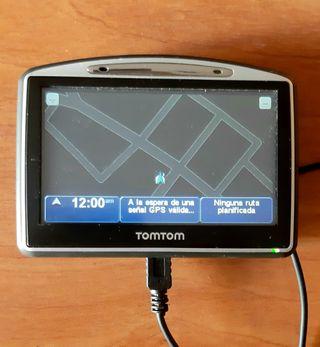 GPS TOMTOM + FUNDA + CABLE DE CARGA