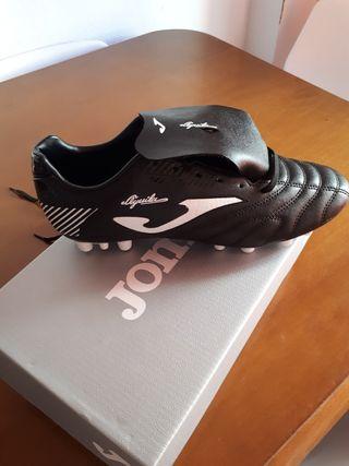 botas de futbol,JOMA,numero 41
