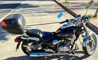 Moto 125 cc custom