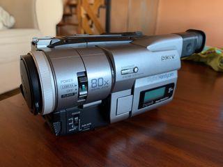 Cámara Sony Digital8 TRV110E