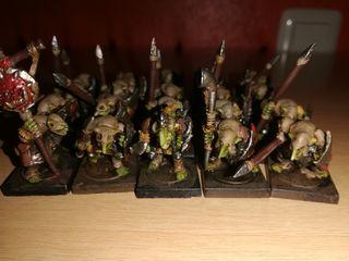 warhammer goblins con lanza.