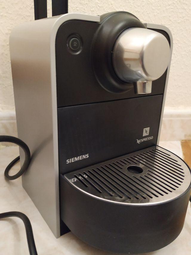 Cafetera Nespresso Siemens
