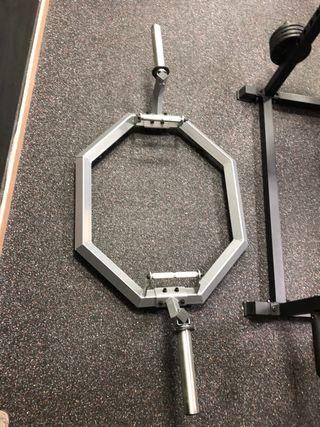 Barra hexagonal o trap bar