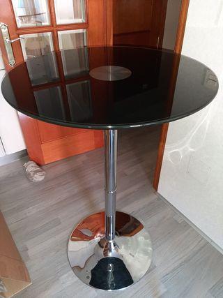 vendo mesa alta color negro.