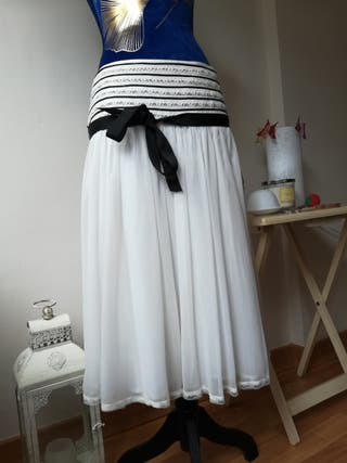 Falda blanca plisada de gasa