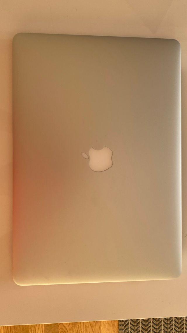 MacBook Pro (Retina, 15 pulgadas)