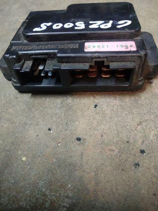 Caja de fusibles Kawasaki gpz 500
