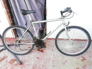 bicicleta Orbea llanta 26 MTB