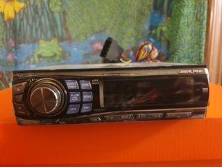 Radio reproductor de CD MP3 WMA. Marca ALPINE