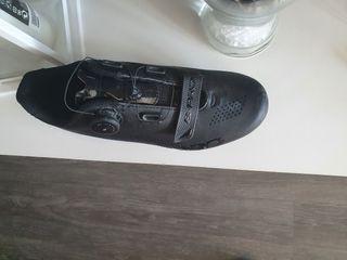 lote zapatillas mtb pedales y calas