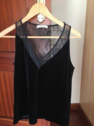 Blusa negra terciopelo y encaje