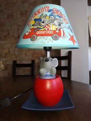 Lámpara de mesilla infantil