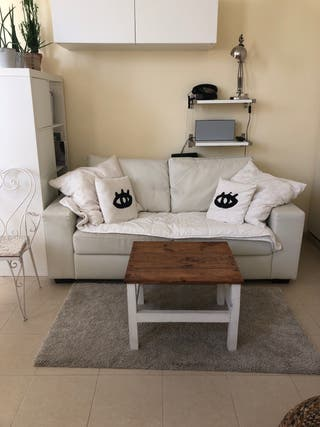 Regalo sofá de poli piel de Ikea